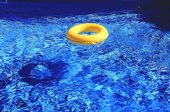 猿島コミュニティセンター温水プール